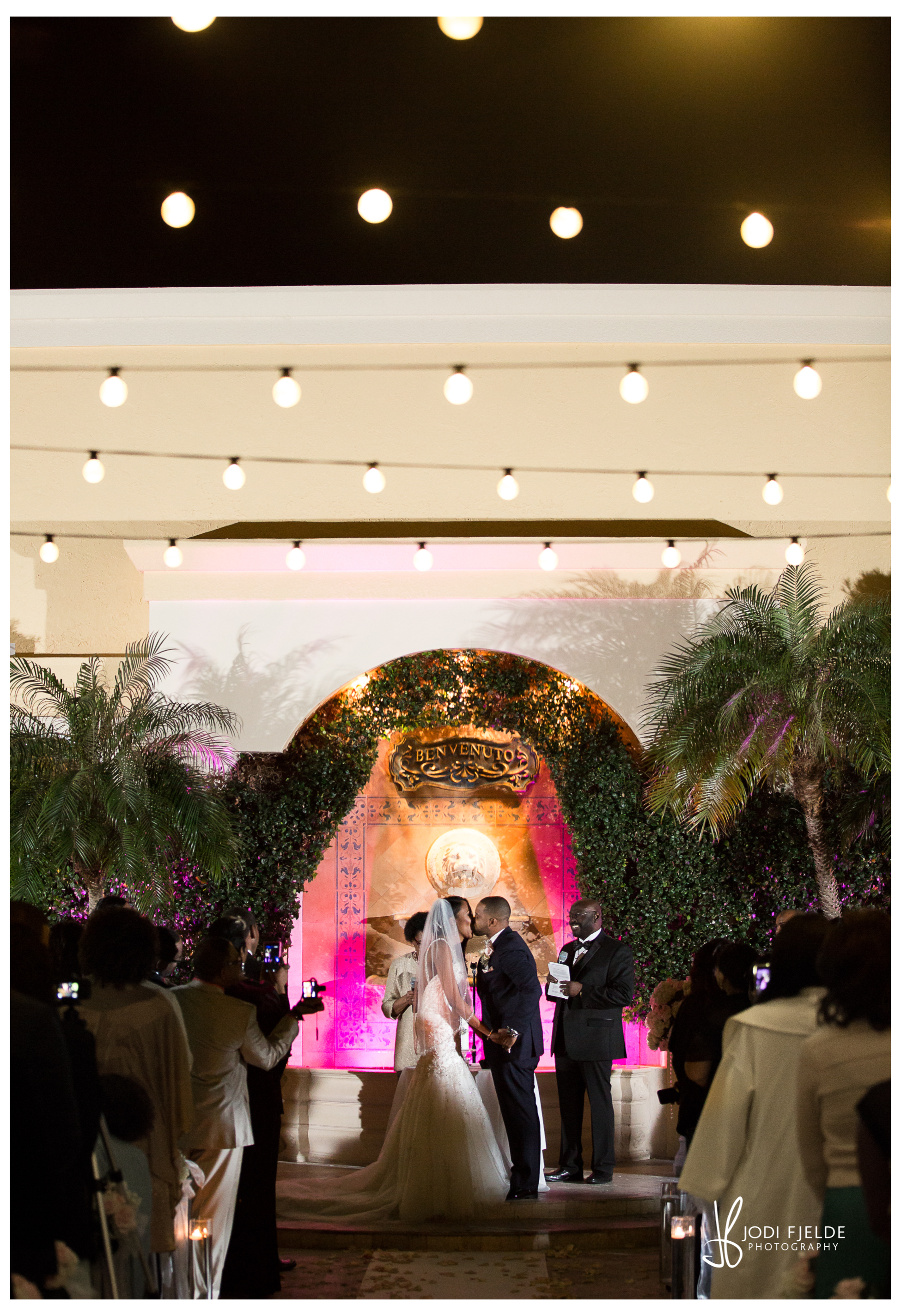 Benvenuto_wedding_Boynton_Beach_Jodi_Fjelde_Photography_Nikki_Otis_married_17.jpg