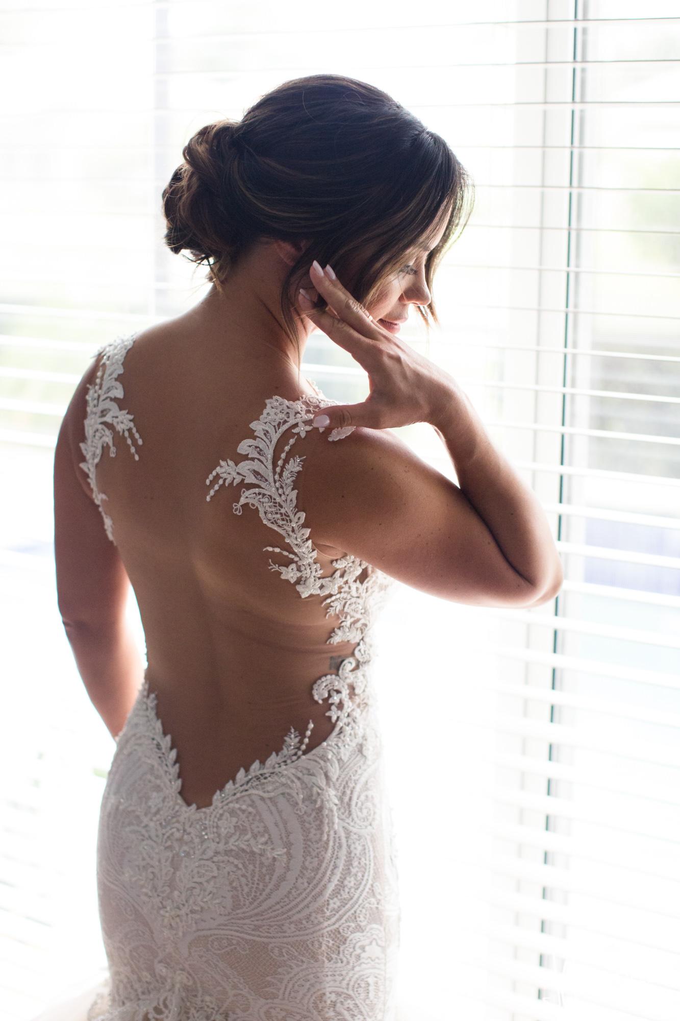 0008BRIDE-WEDDING-PREP.jpg