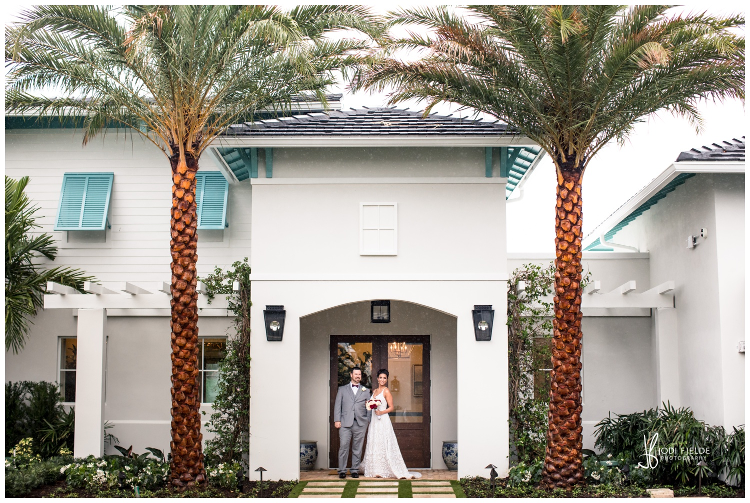 Pelican-Club-Jupiter-Wedding-Bride-Groom-Palm-Tree_0100.jpg