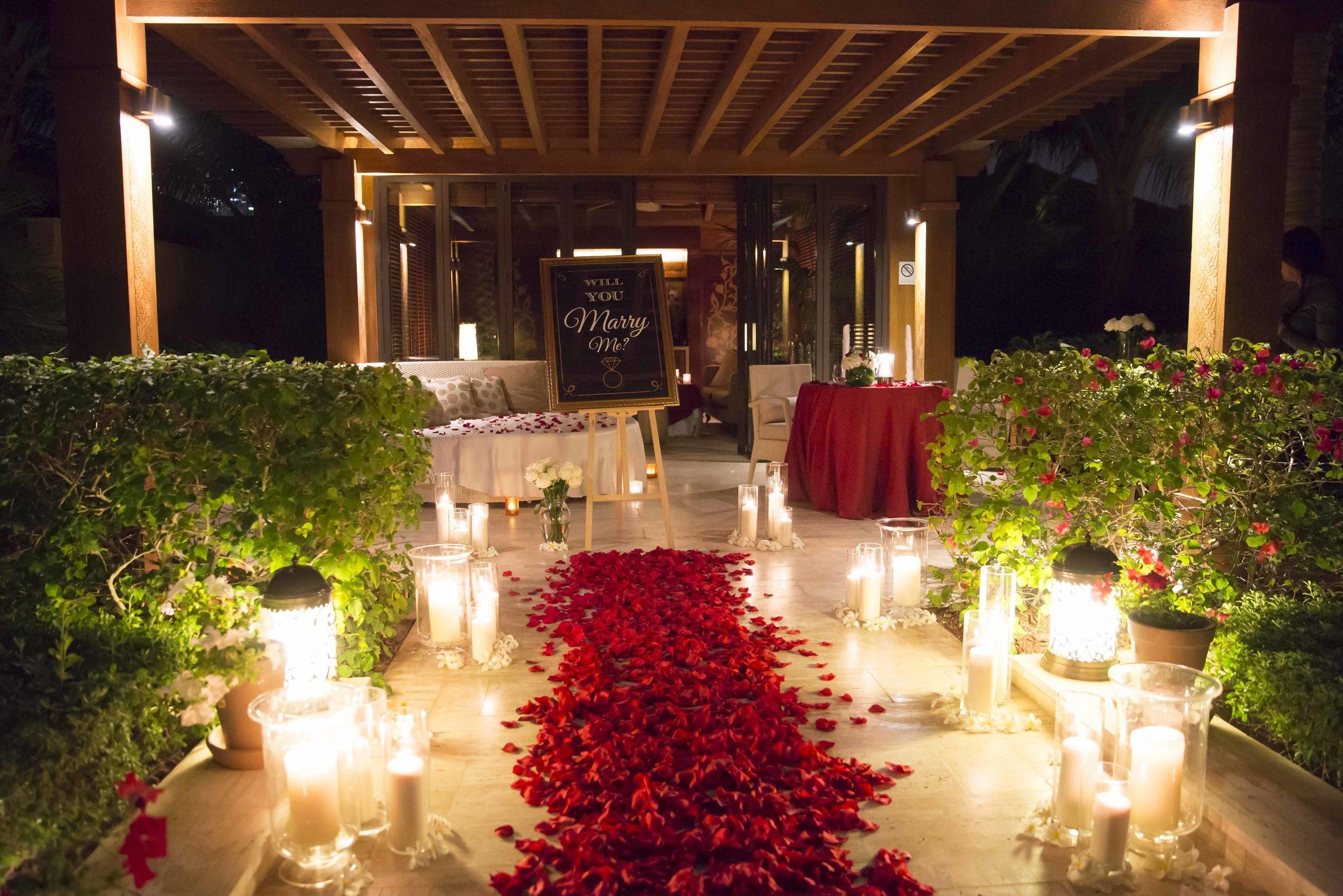 Romantic Setup.jpg