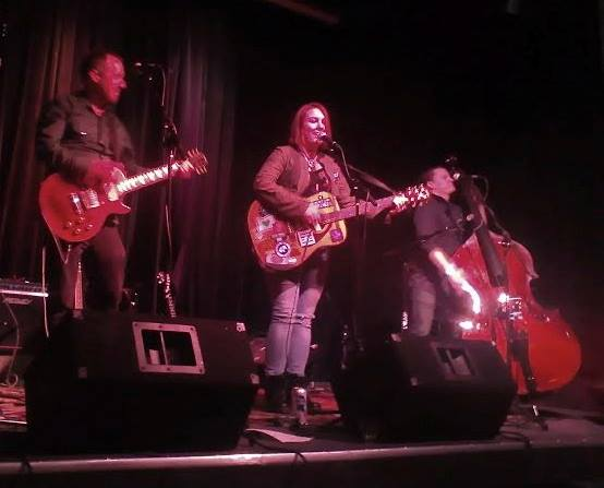 4pm - Fat Kitten - A rogue-folk power trio based out of Portland, Oregon, Fat Kitten sounds, at times, like they don't have a second to spare. Quirky, thoughtful lyrics are delivered in close-fitting three-part harmony between swift guitar licks and driving stand-up bass.
