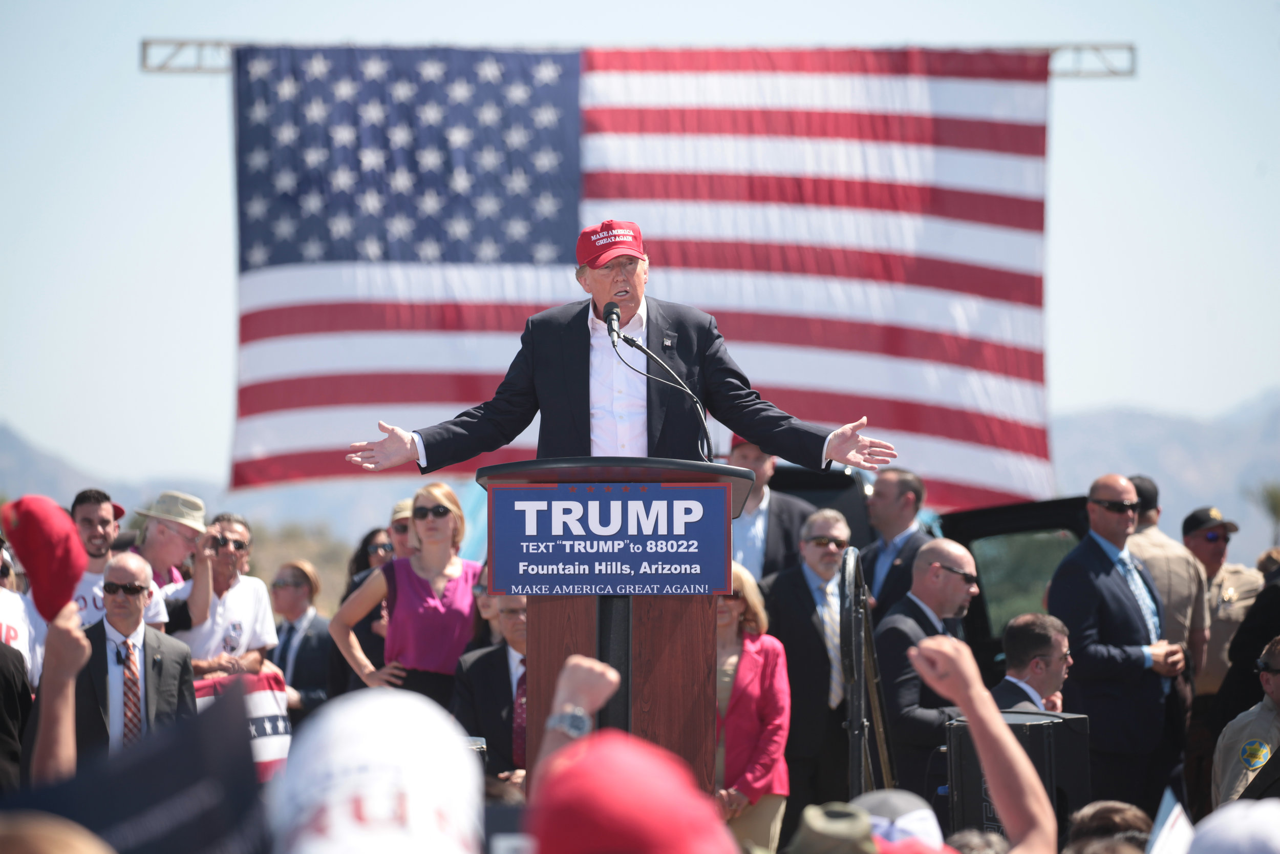 Donald Trump speaks at a campaign event in Fountain Hills, Arizona, before the March 22 primary. Image by Gage Skidmore via Wikimedia Commons.