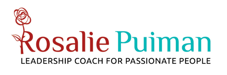 Rosalie Puiman, coach, kreeg een logo met een roos. De roos symboliseert kracht en vrouwelijkheid, geheel in lijn met haar manier van werken én haar voornaam.