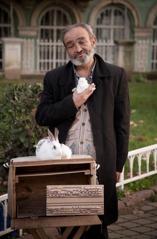 fortune teller in Istanbul