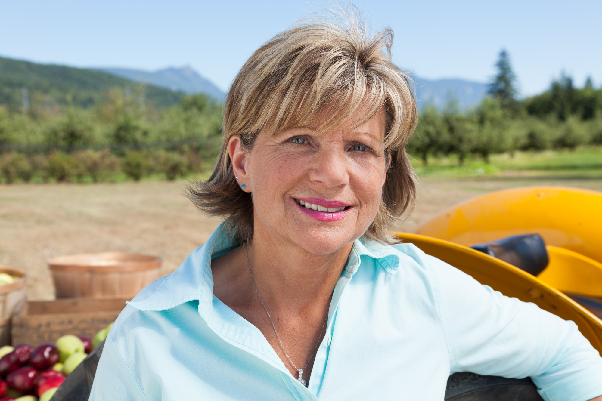 Apple farmer Roxanne Haussman, client: Winner & Mandalbach
