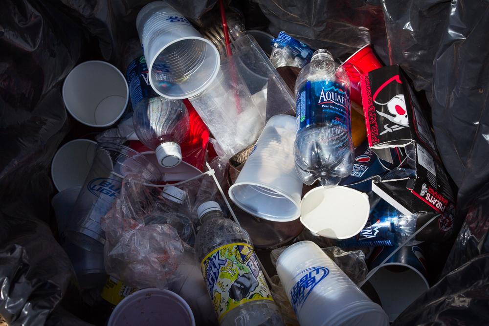 rauch_ren_faire_garbage_cans-8.jpg