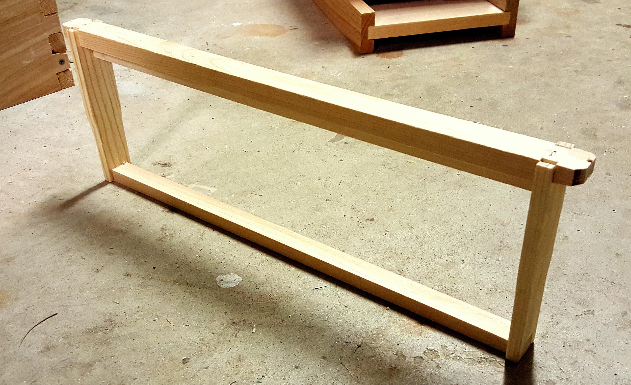 Foxhound Assembled Foundationless Frame