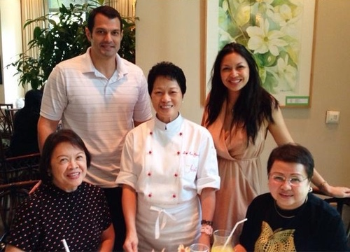 Seated: Lenore S. Lim, U.S. FWN100™ '09, Chef Jessie, Global FWN100™ '14, Marie Claire Lim Moore, Global FWN100™ '14