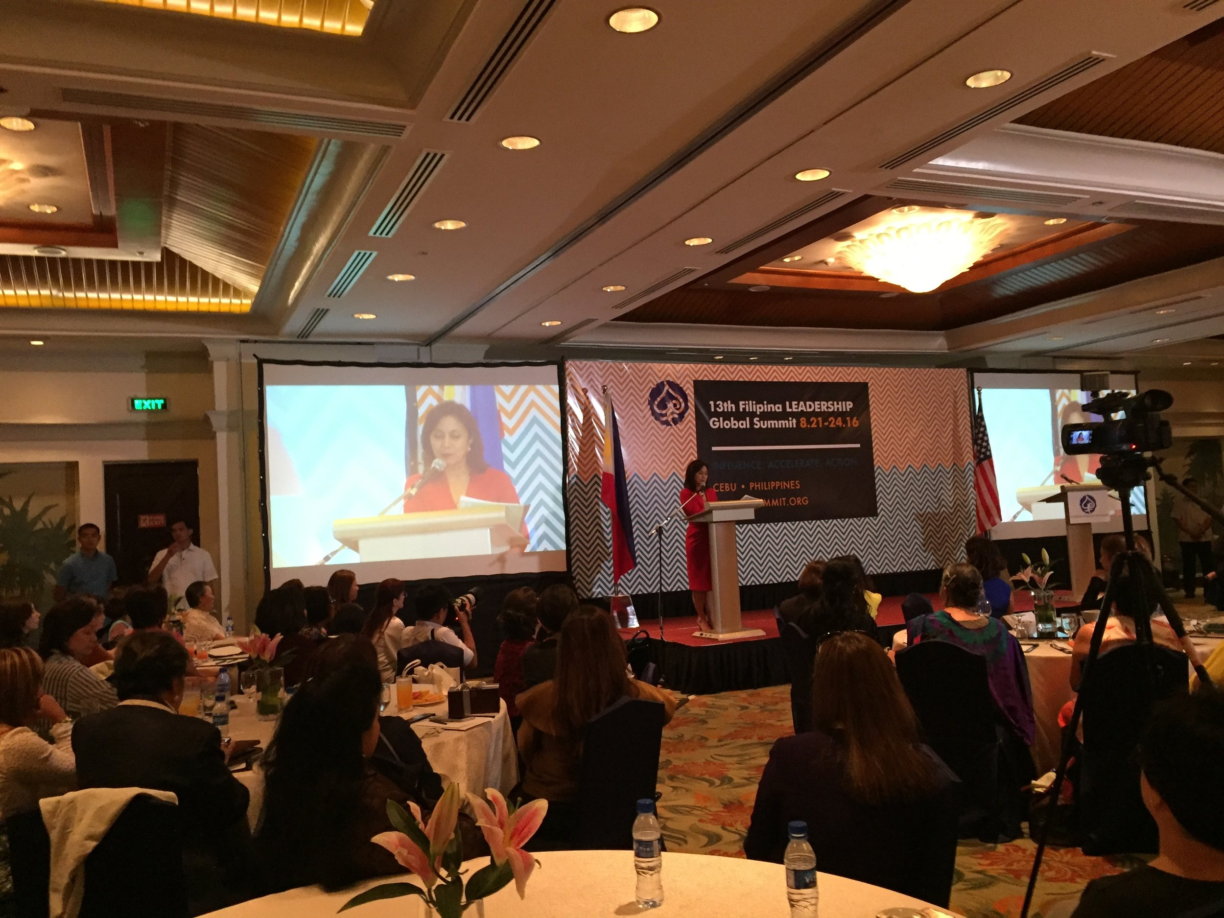 Vice President Leni Robredo delivers leadership keynote on Day 3 of the #FWNSummit2016 in Cebu, August 23, 2016.