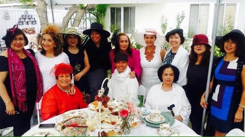 FWN Sunday Afternoon Tea in Reseda, California on October 30, 2016. FWN members present include Rocio Nuyda (U.S. FWN100™ '12, Global FWN100™ '16),Stella Bernabe (Global FWN100™ '16), Benel Se-Liban (U.S. FWN100™ '11), Charina Carrera (Global FWN100™ '16) and Marylou Ty Garcia (Global FWN100™ '16).
