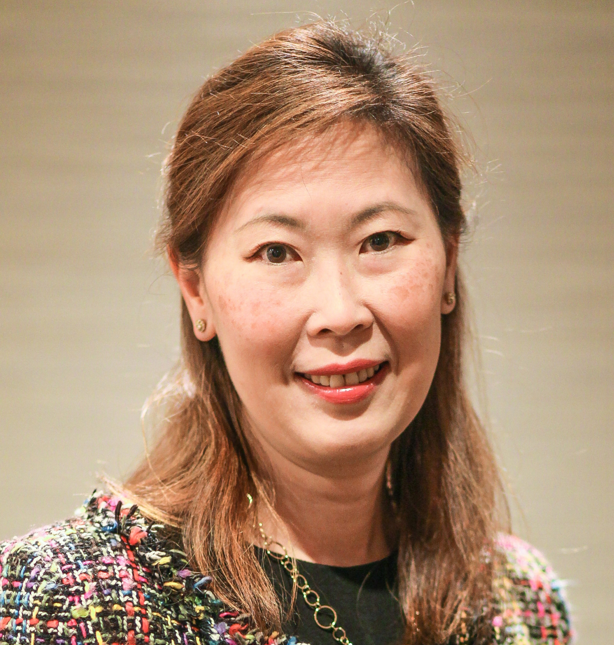 <b>Catherine Sia Cheng Teh, M.D.</b><br>Chief,<br>Hepatobiliary Pancreatic Section<br>Department of Surgery<br>Makati Medical Center