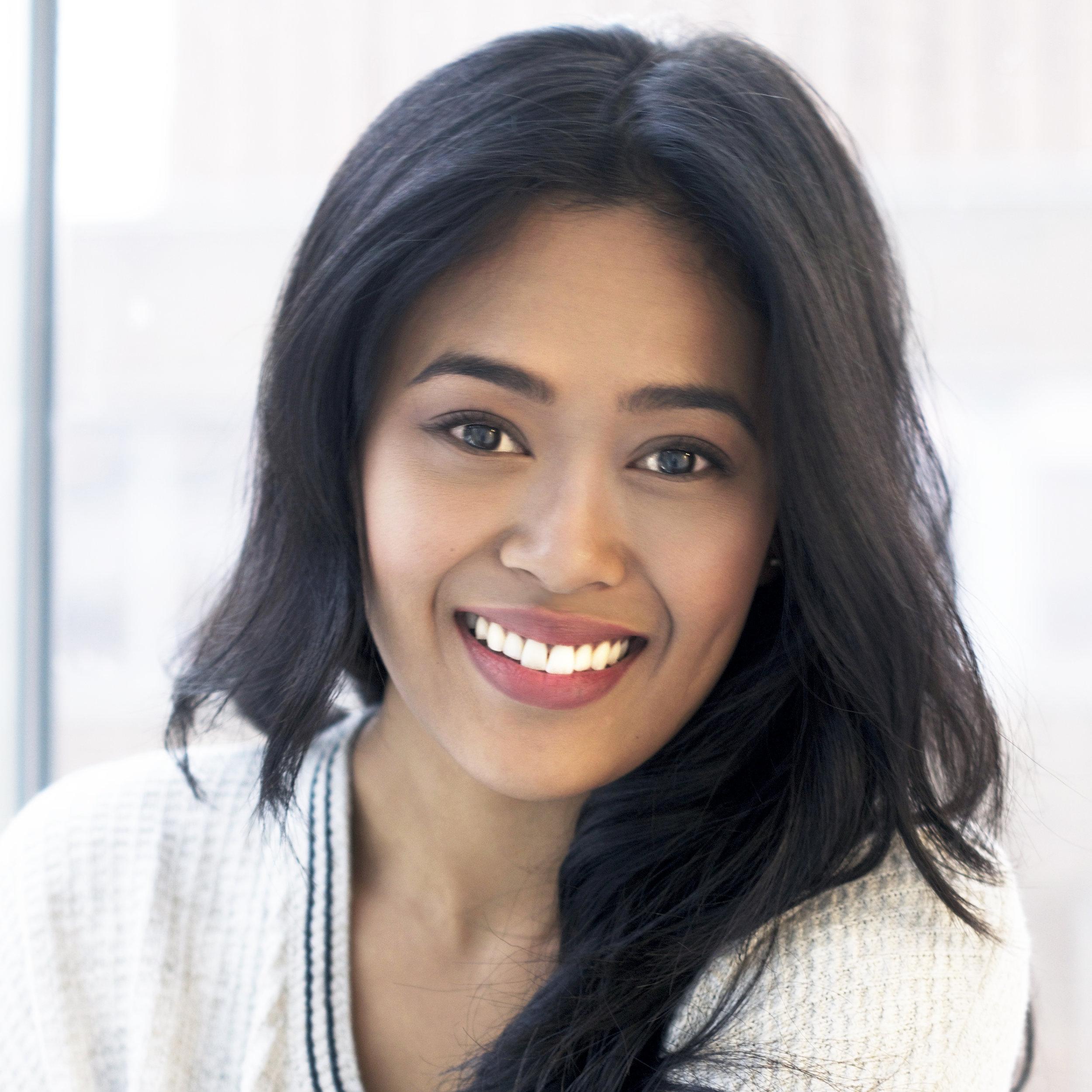 <b>Victoria Marie</b><br>Enterntainment Professional<br>Graduate, CLUTCH Vol. 4<br>Kapisanan Philippine Arts Centre
