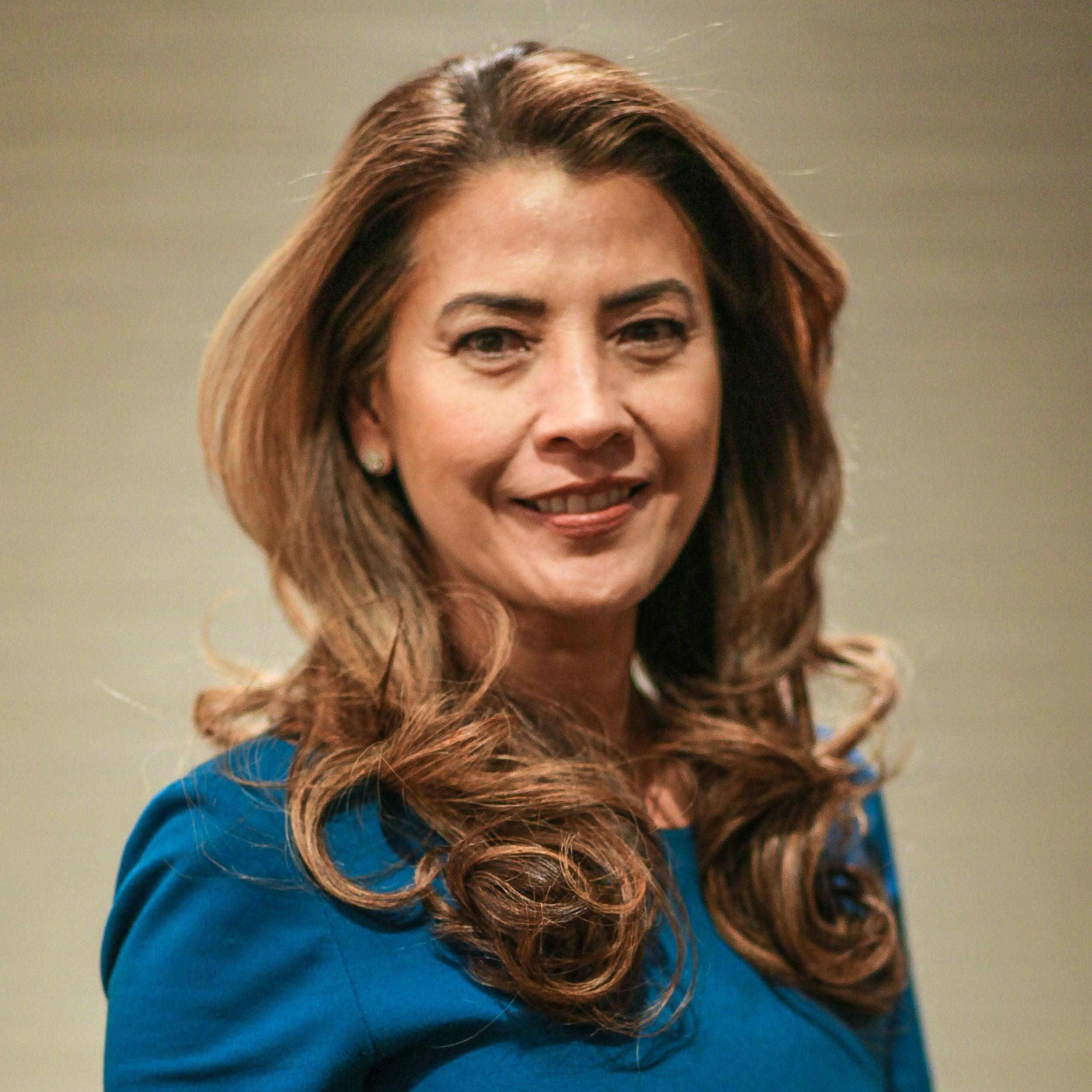 <b>Gizelle Covarrubias Robinson</b><br>IT Managing Director<br>Schwab Technology Services