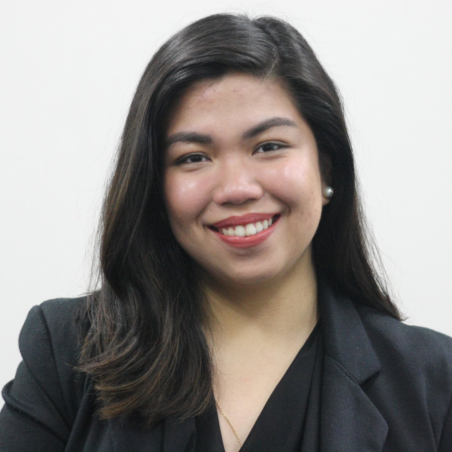 <b>Giannina Uy</b><br>Fellow<br>Filipina Women's Network
