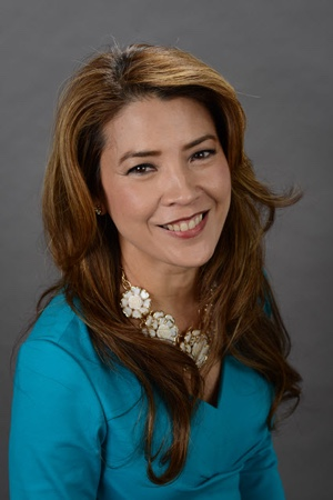Gizelle Covarrubias Robinson  Senior Managing Director Digital Accelerator Retirement Experience Client Experience Technology Charles Schwab & Co, Inc Global FWN100™ 2017