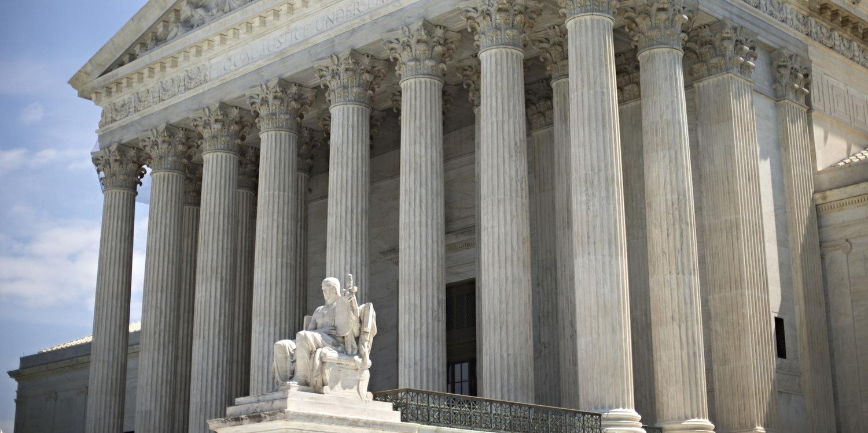 courthouse-steps1.jpg