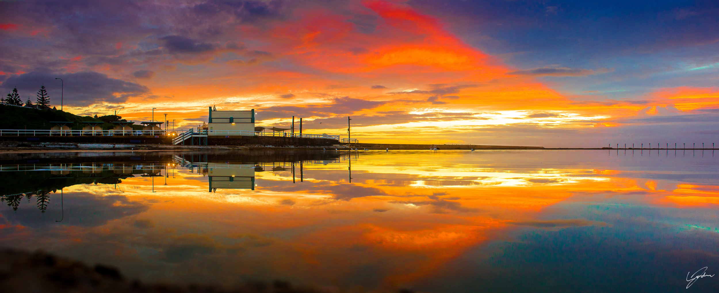 Ocean-Baths-Sunrise-reflection-2WEB.jpg