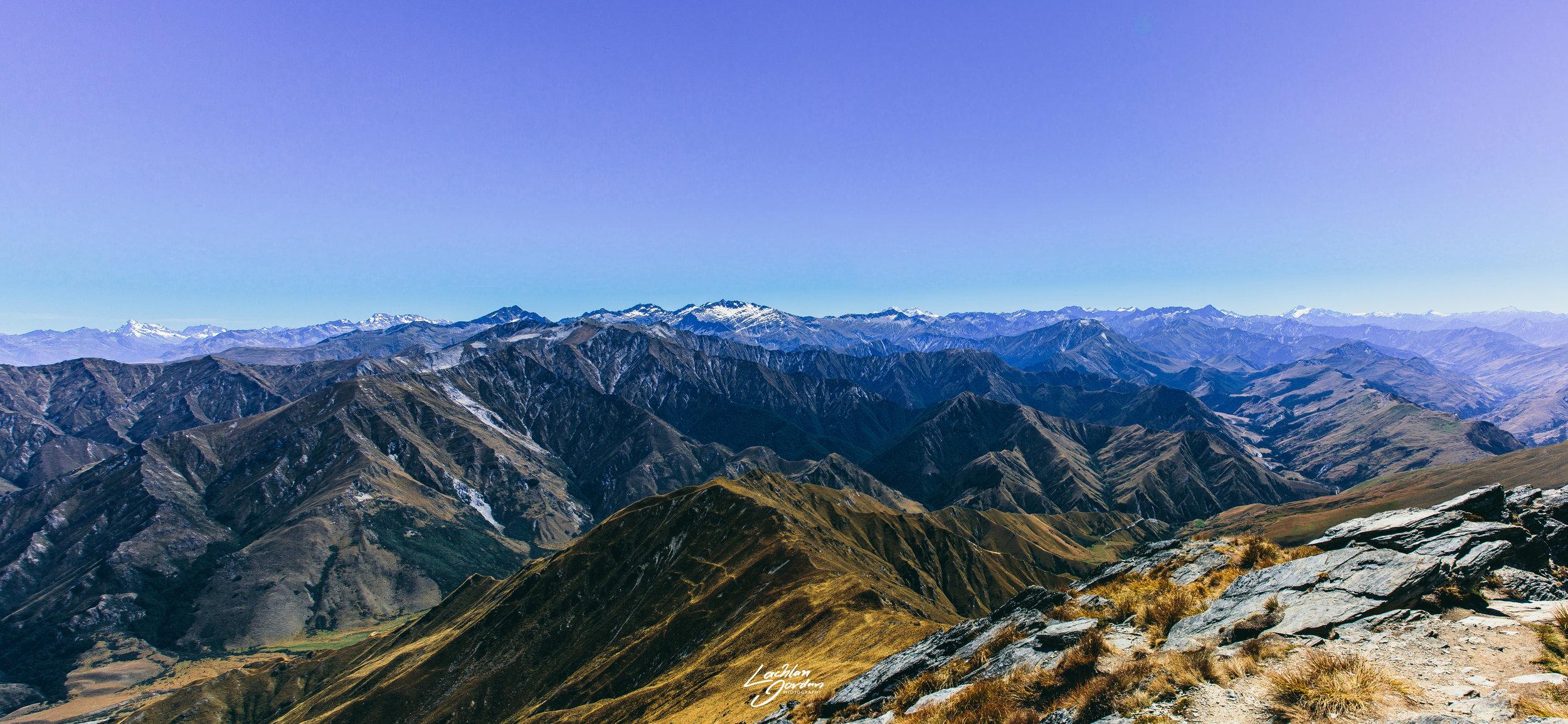 Ben-lomond-summit-pano.jpg