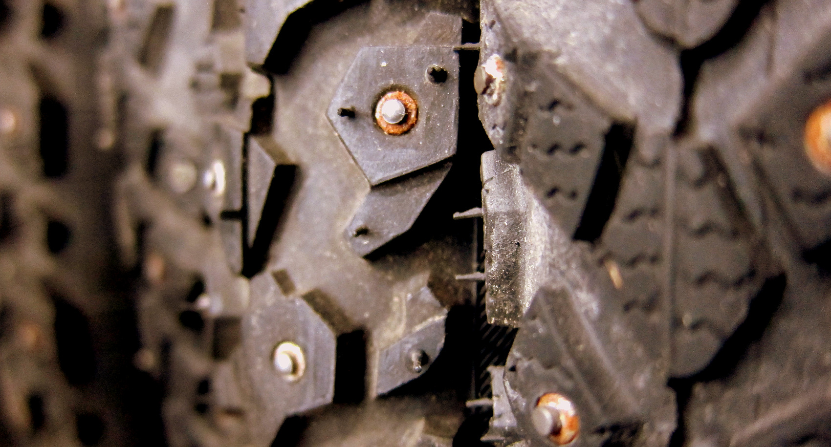 Tires with Studs - photo - Rob Vandermark