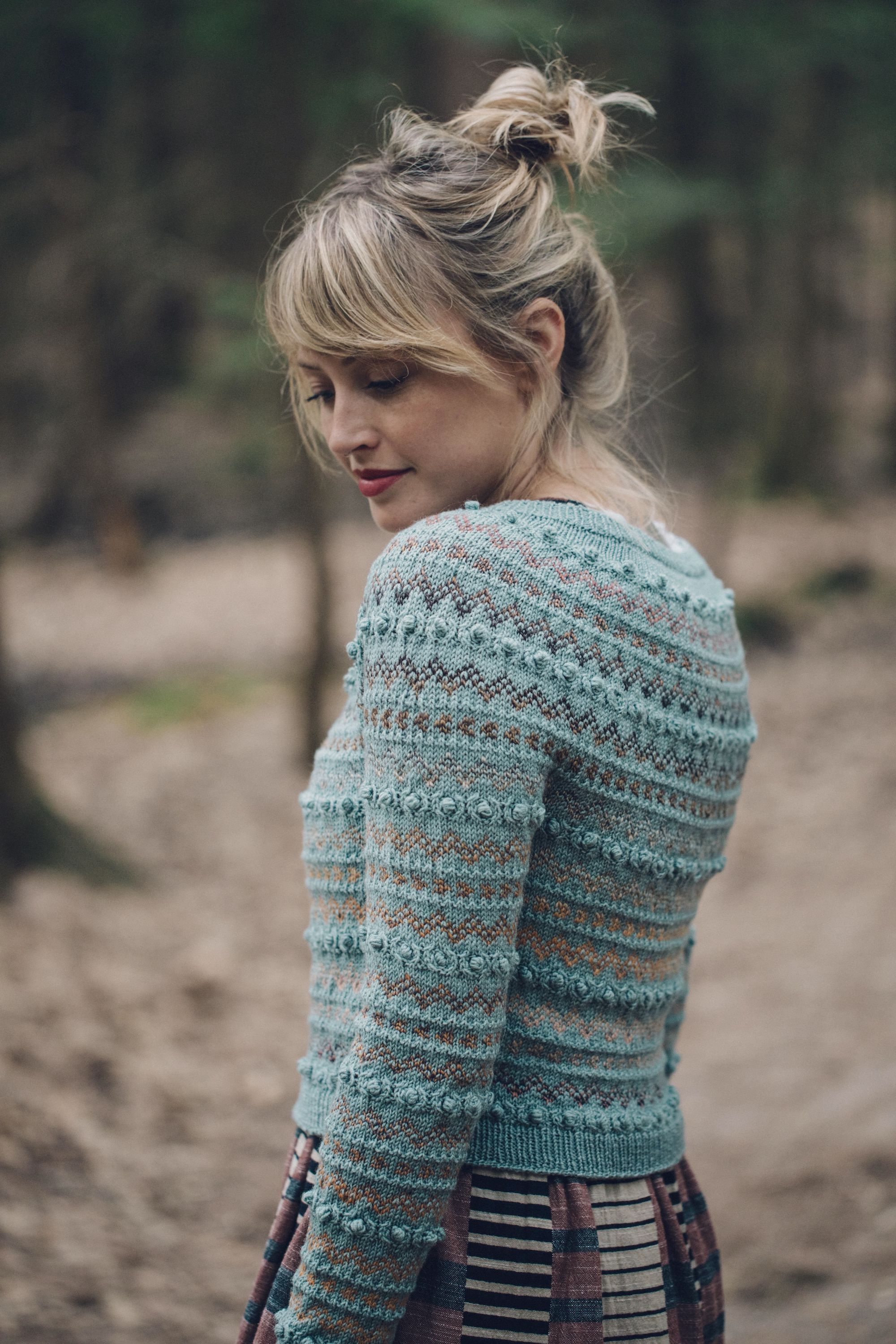 Cardigan: MC - Calypso (Magpie Fibers),  CC - Burning Sensation (Spincycle Yarns)