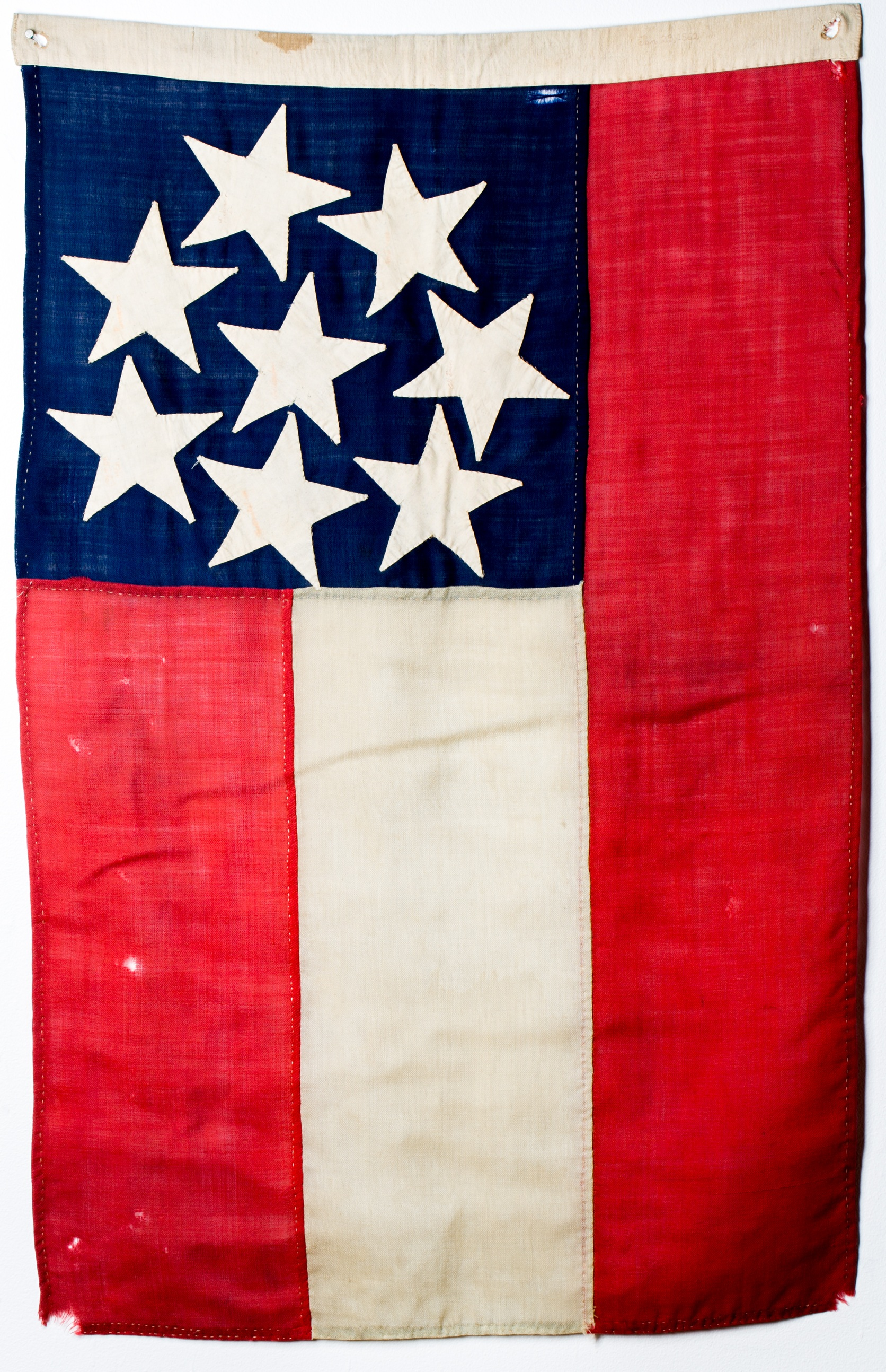 Battle flag flown by the Chesapeake Artillery during the Maryland Campaign. Author.