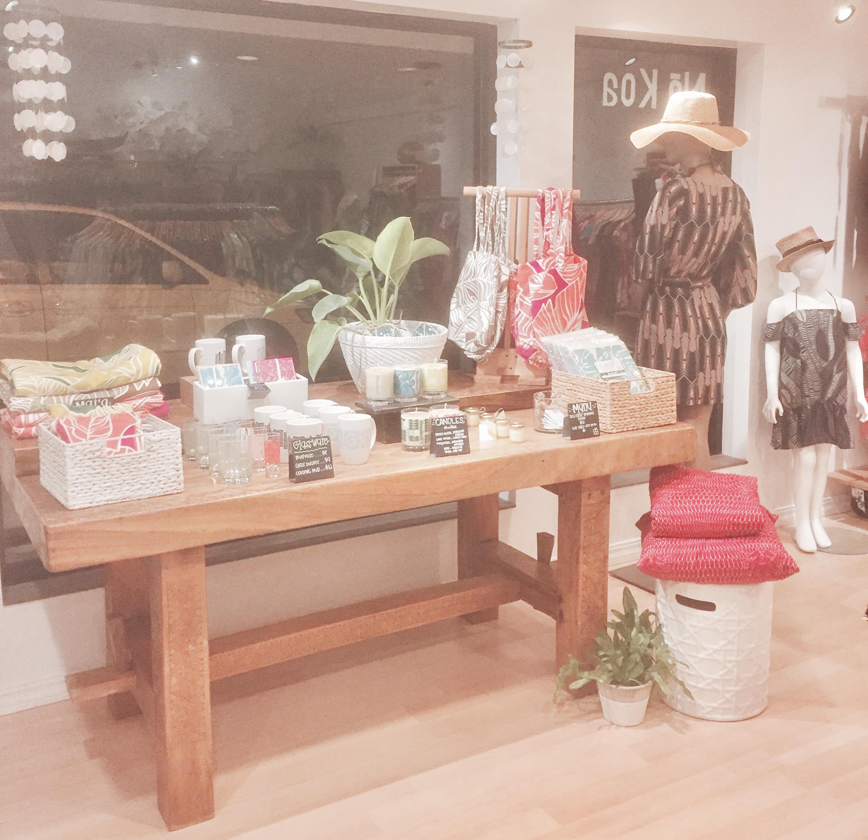 Manuhealii   Boutique Window Display & Floor Merchandising. Kailua & Punahou, Oahu