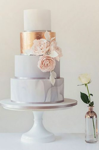 marble-wedding-cakes-white-with-golden-touch-and-pink-flowers-poppypickering-333x500 2.jpg