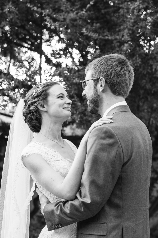franklinhouse-blackandwhite-wedding.jpg