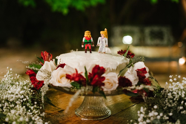 tucsonwedding-cakelegos.jpg