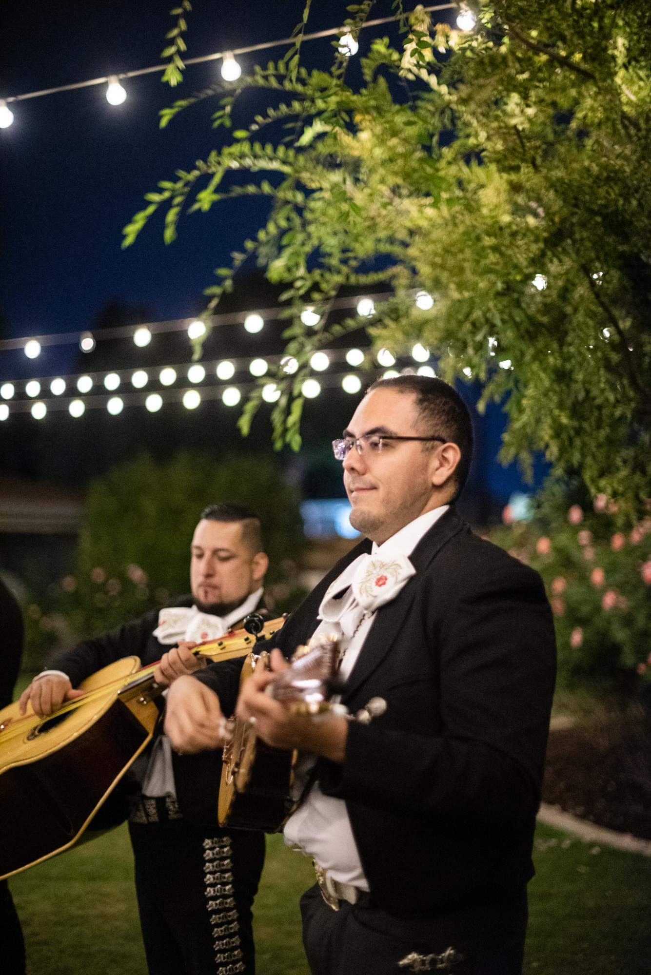 Phoenix-wedding-mariachi.jpg