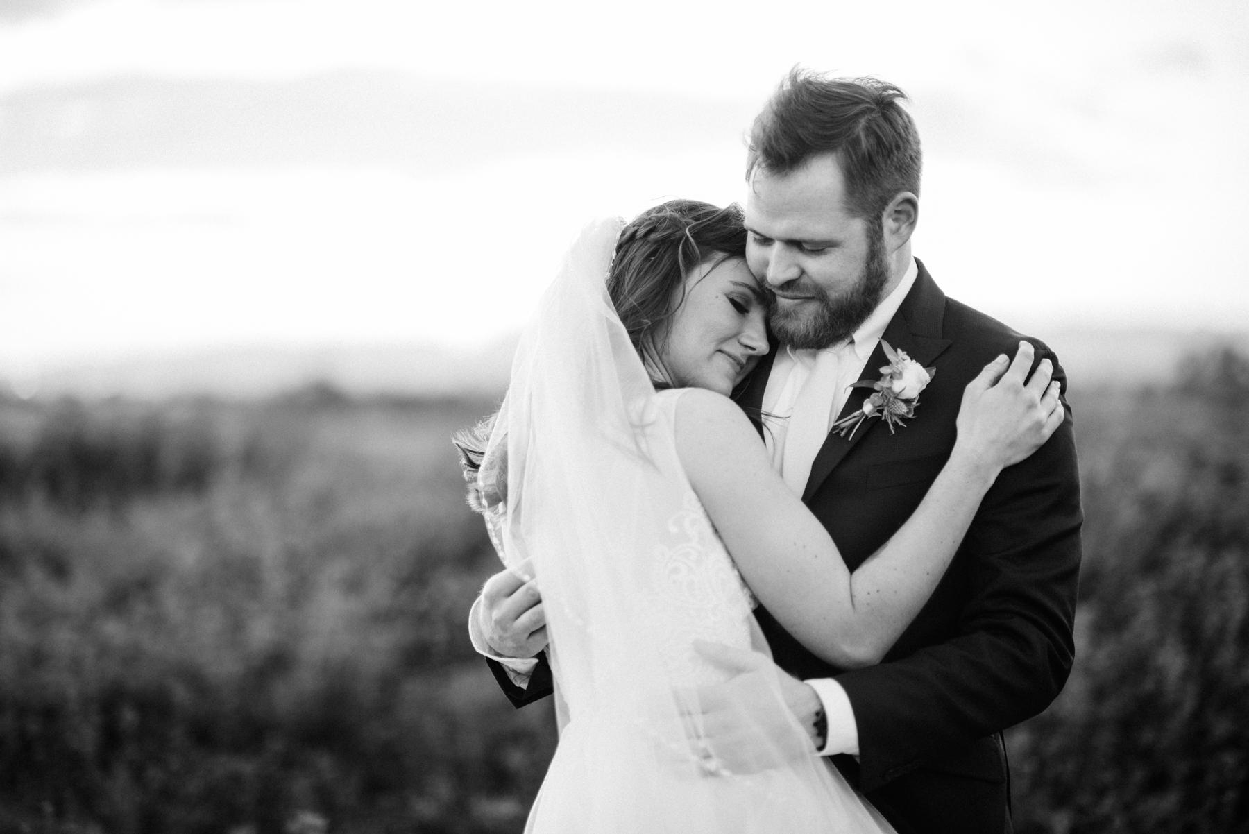 Bella Rose Estate Wedding - Meredith Amadee Photography-119.jpg