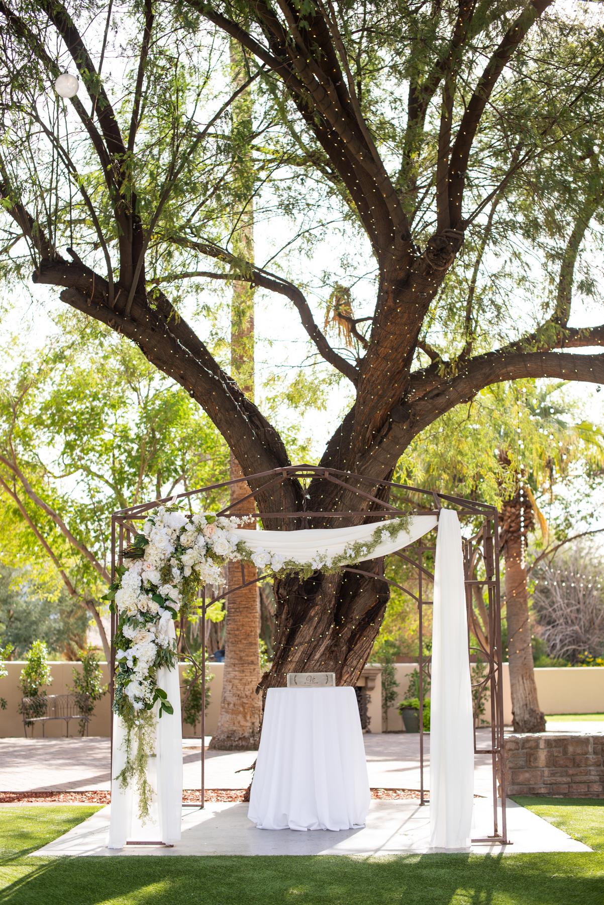 Secret Garden Event Center Wedding - Meredith Amadee Photography-54.jpg