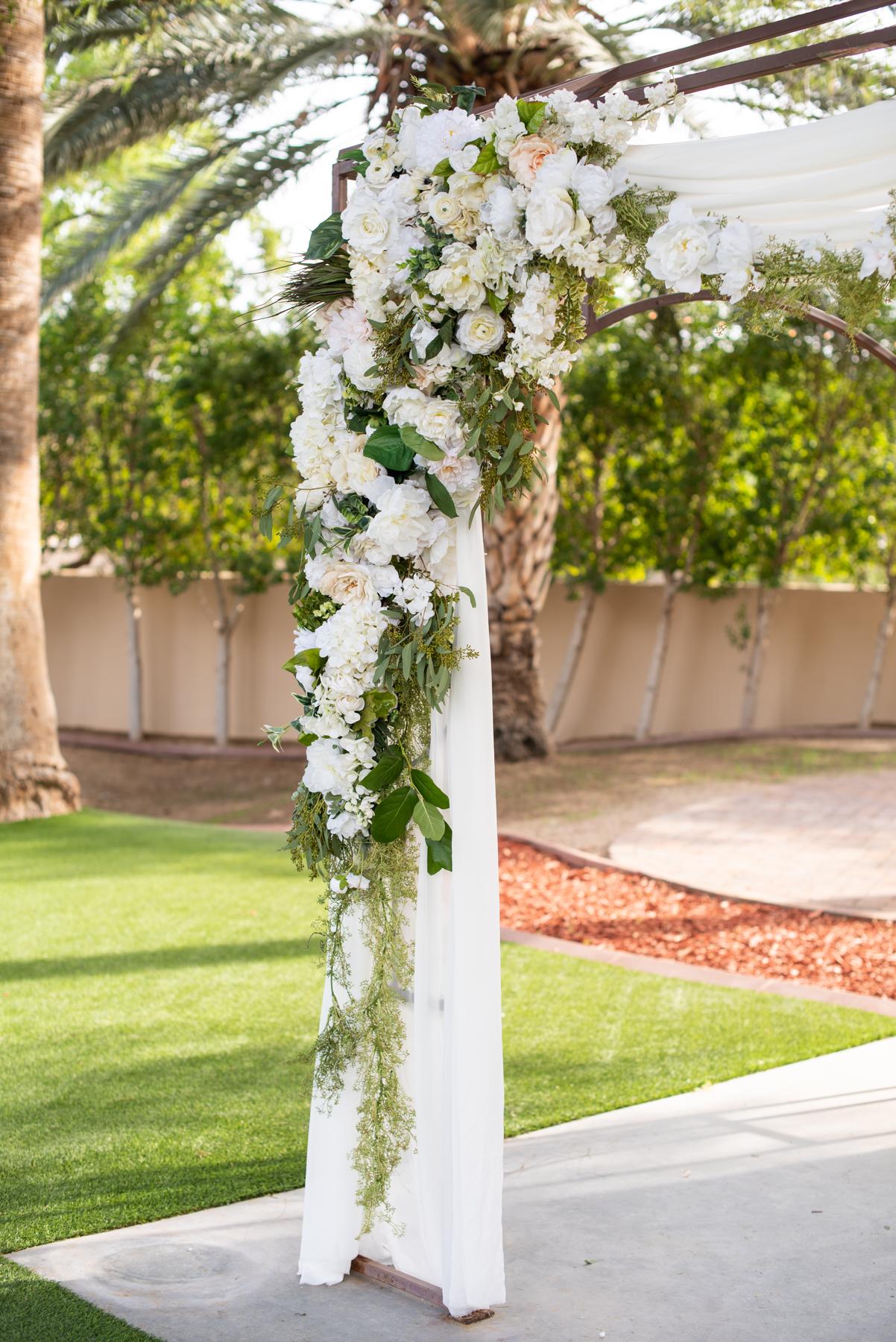 Secret Garden Event Center Wedding - Meredith Amadee Photography-59.jpg