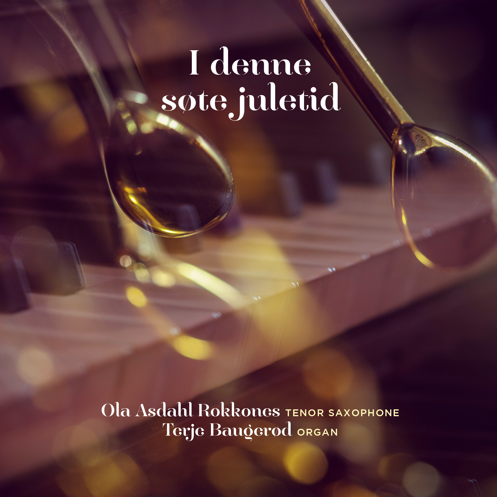 I denne søte juletid - TerjeB Production - 2017Christmas jazz for tenor saxophone and organ. The music is a compilation of both modern and traditional Christmas songs, but in new and original arrangements. The two improvising musicians create a damped landscape, where elements from folk music and jazz are blended into popular and well-known Christmas melodies from Norway and Scandinavia. In the recording, the musicians are utilizing the acoustic potential of the church room, and the dynamic spectre made possible by combining the organ and the saxophone.Ola Asdahl Rokkones - tenor saxophoneTerje Baugerød - organFind the album on iTunes here.