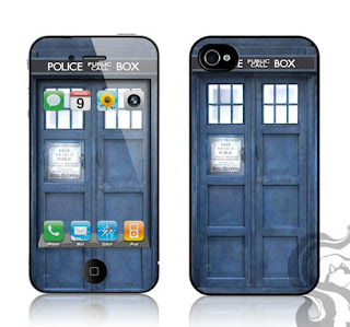 12.03.26-iPhone-Tardis-Case.jpg