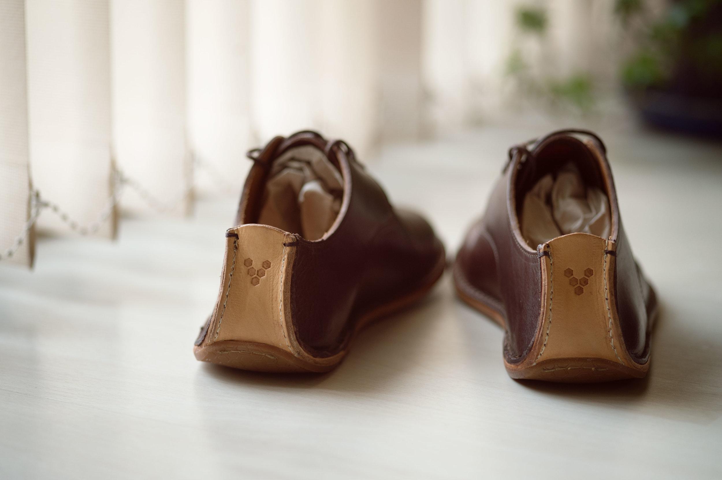 Barefoot_runner_office_shoes_thetrinerd_aniko_towers_photo-14.jpg