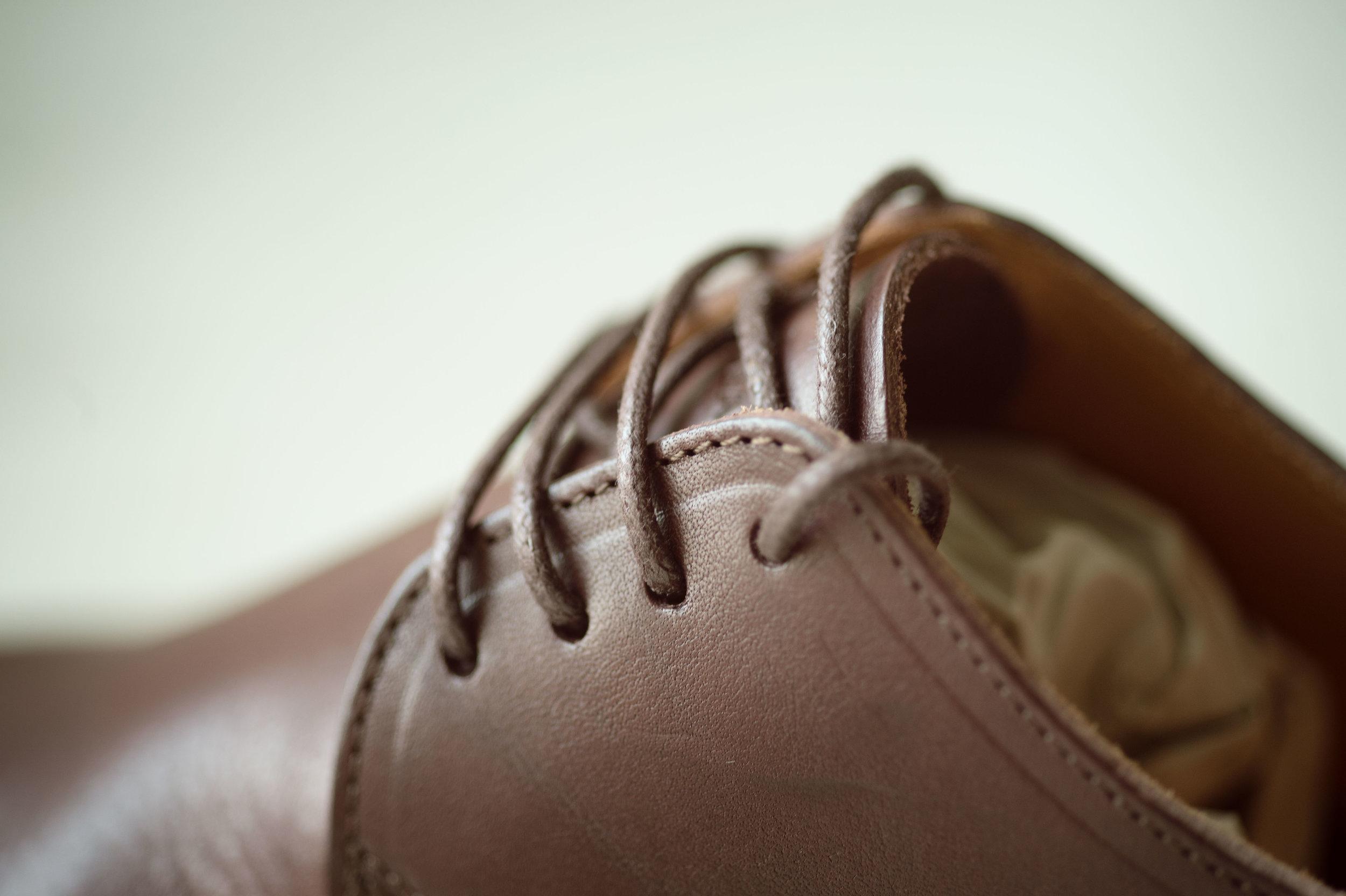 Barefoot_runner_office_shoes_thetrinerd_aniko_towers_photo-15.jpg