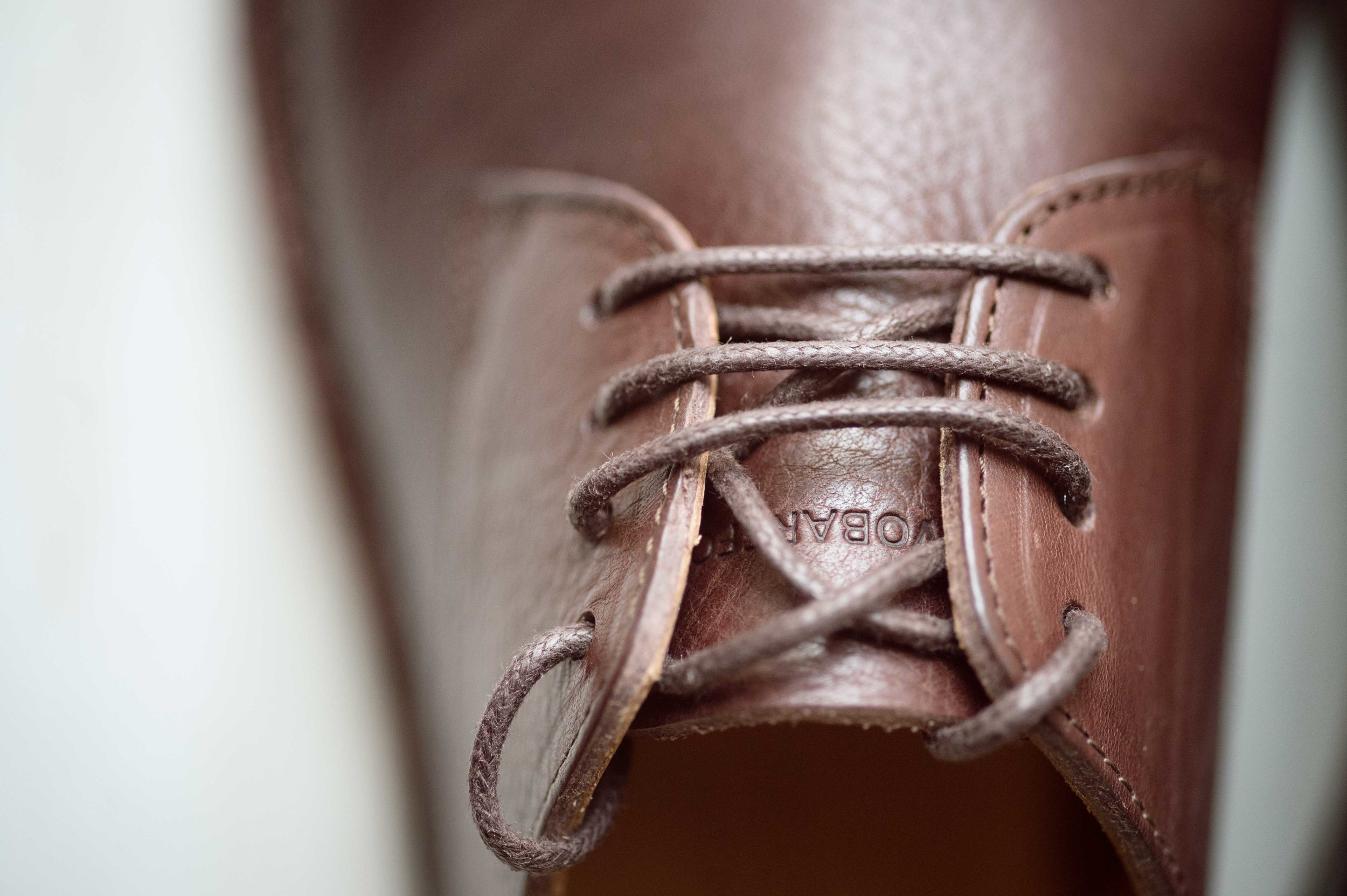 Barefoot_runner_office_shoes_thetrinerd_aniko_towers_photo-19.jpg
