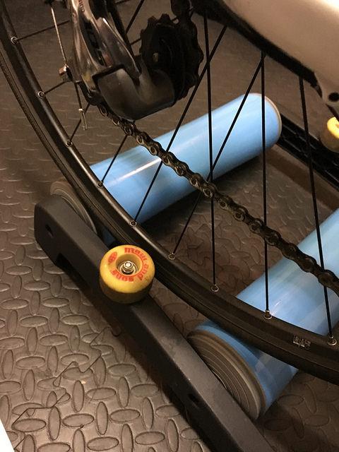 The TriNerd indoor bike training rollers 7.jpg