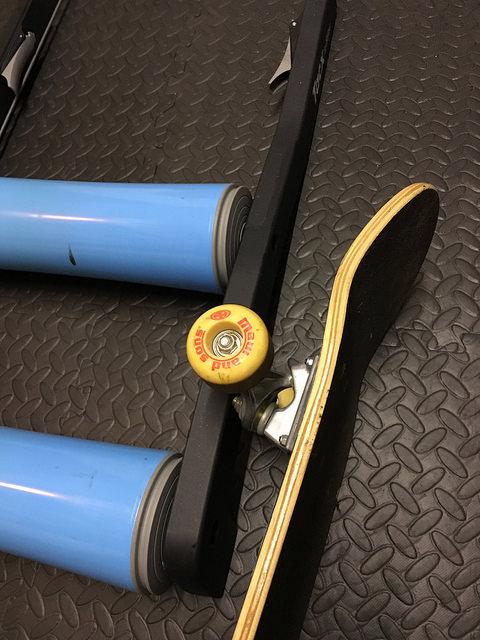 The TriNerd indoor bike training rollers 8.jpg