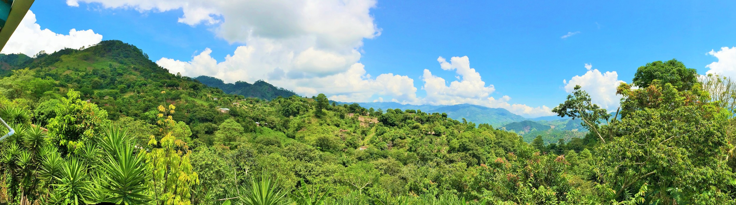Another beautiful view of the mountains of Lempira.