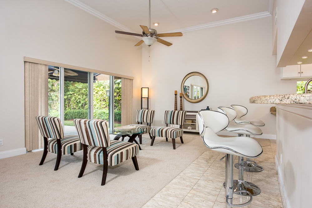 captiva-design-home-staging-Joan-Barr-Lounge.jpg
