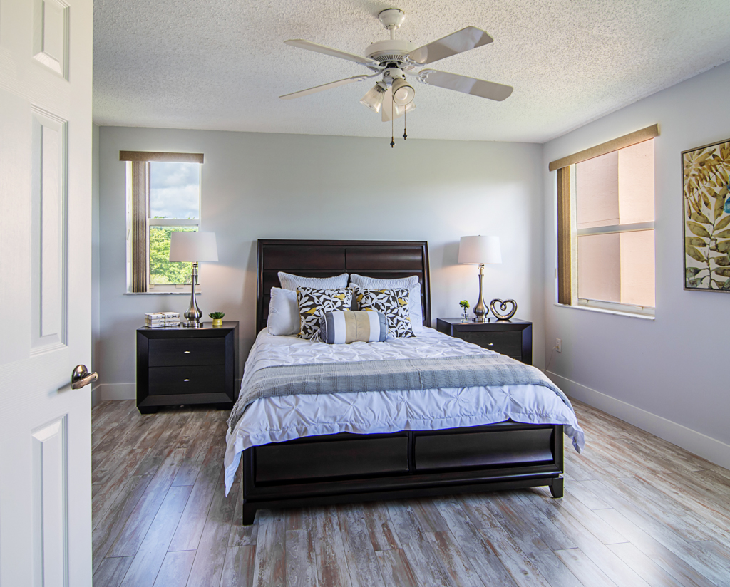 florida-decorating-services-model-home-gallery-examples-b-13(2).jpg