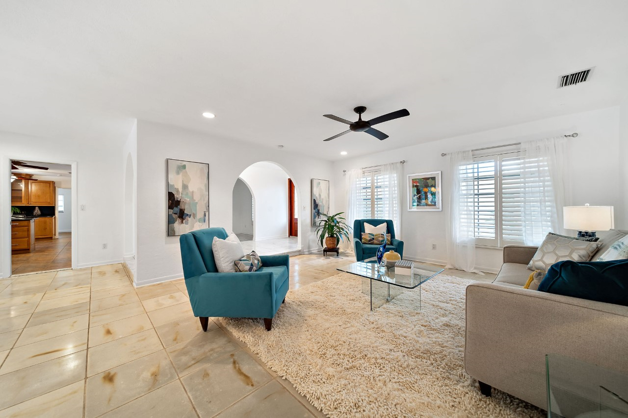 Family Room 1 South Miami.png