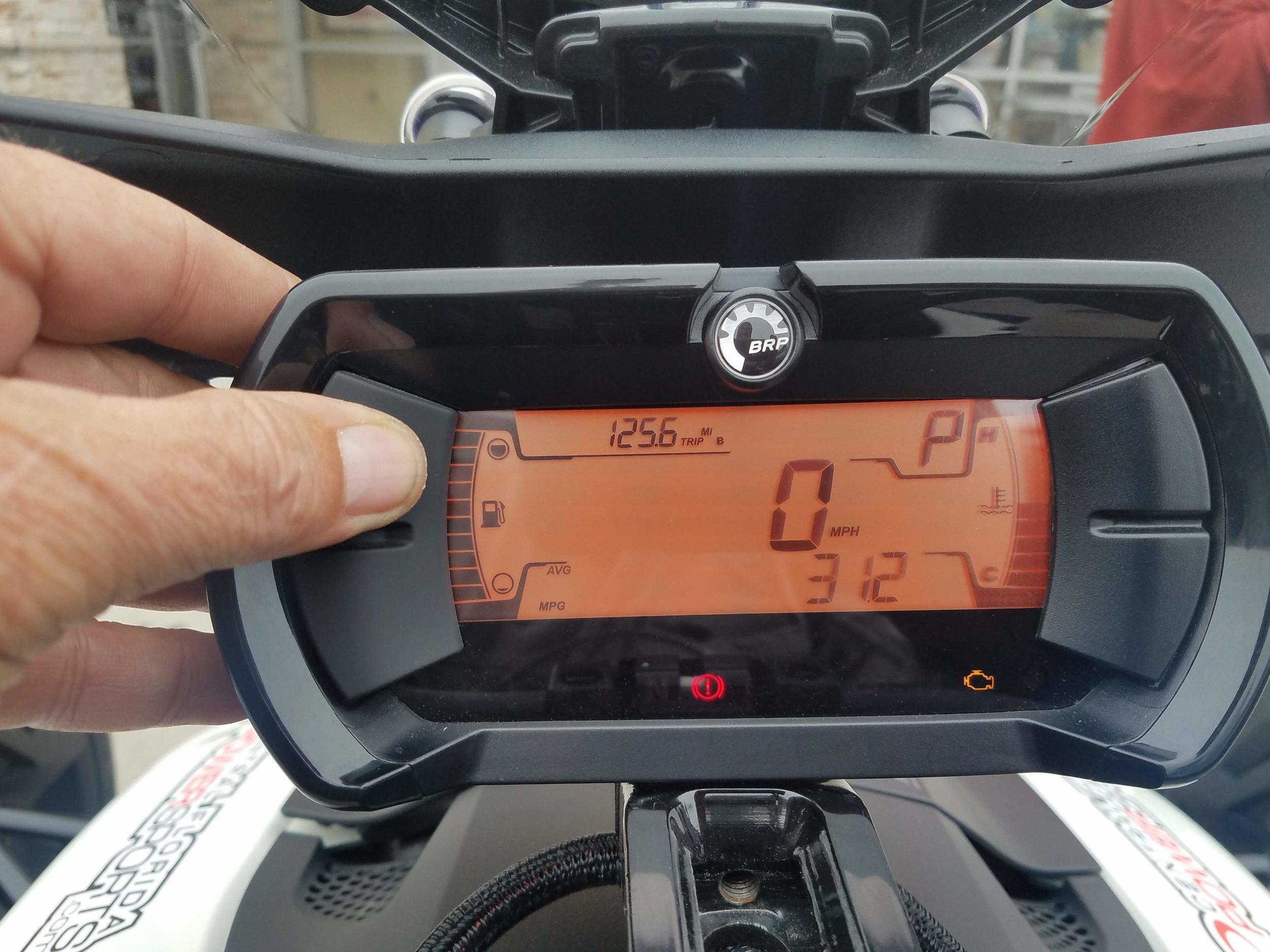 Ryker Display top button.jpg