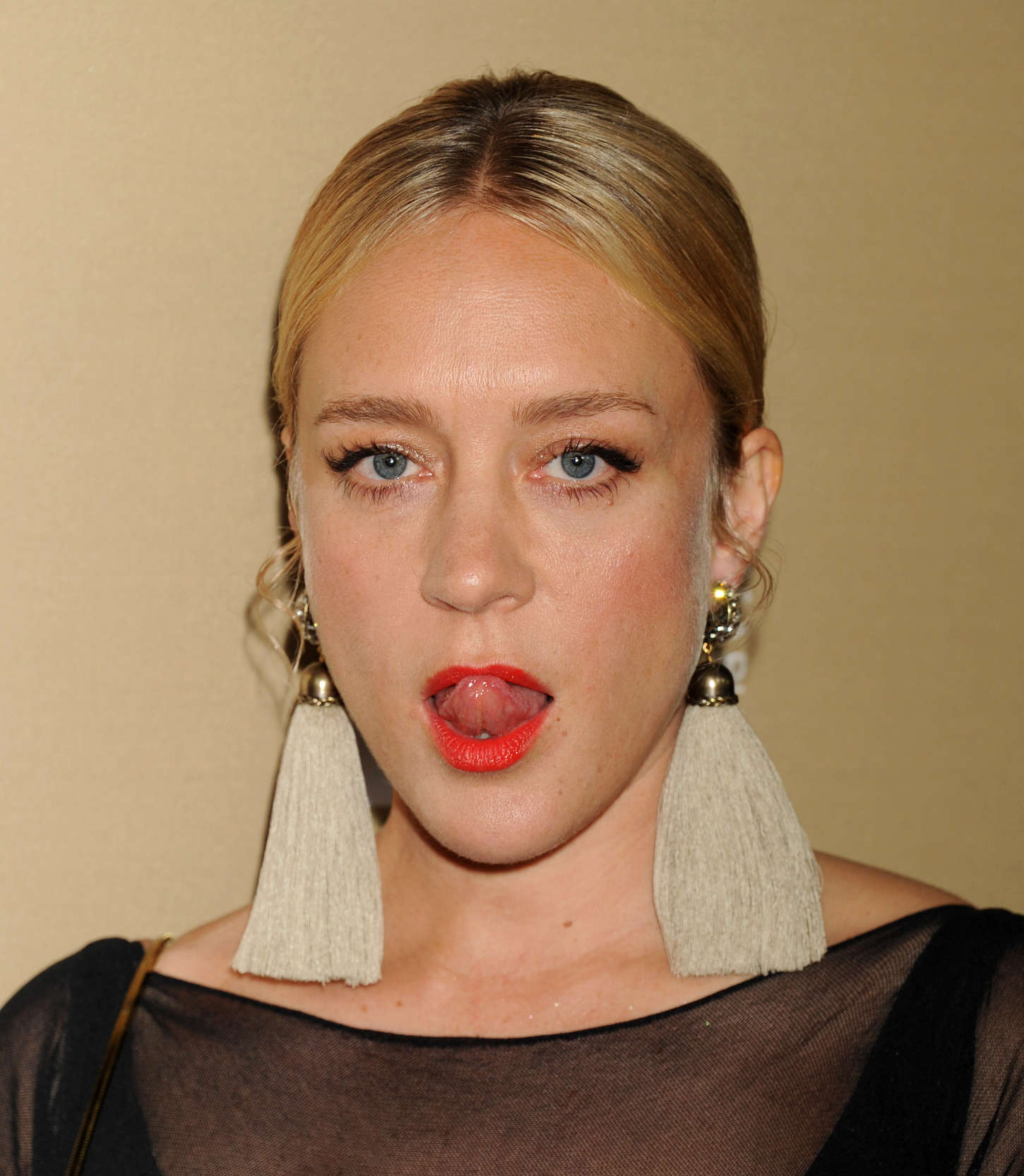 chloe-sevigny-earrings-red-lipstick