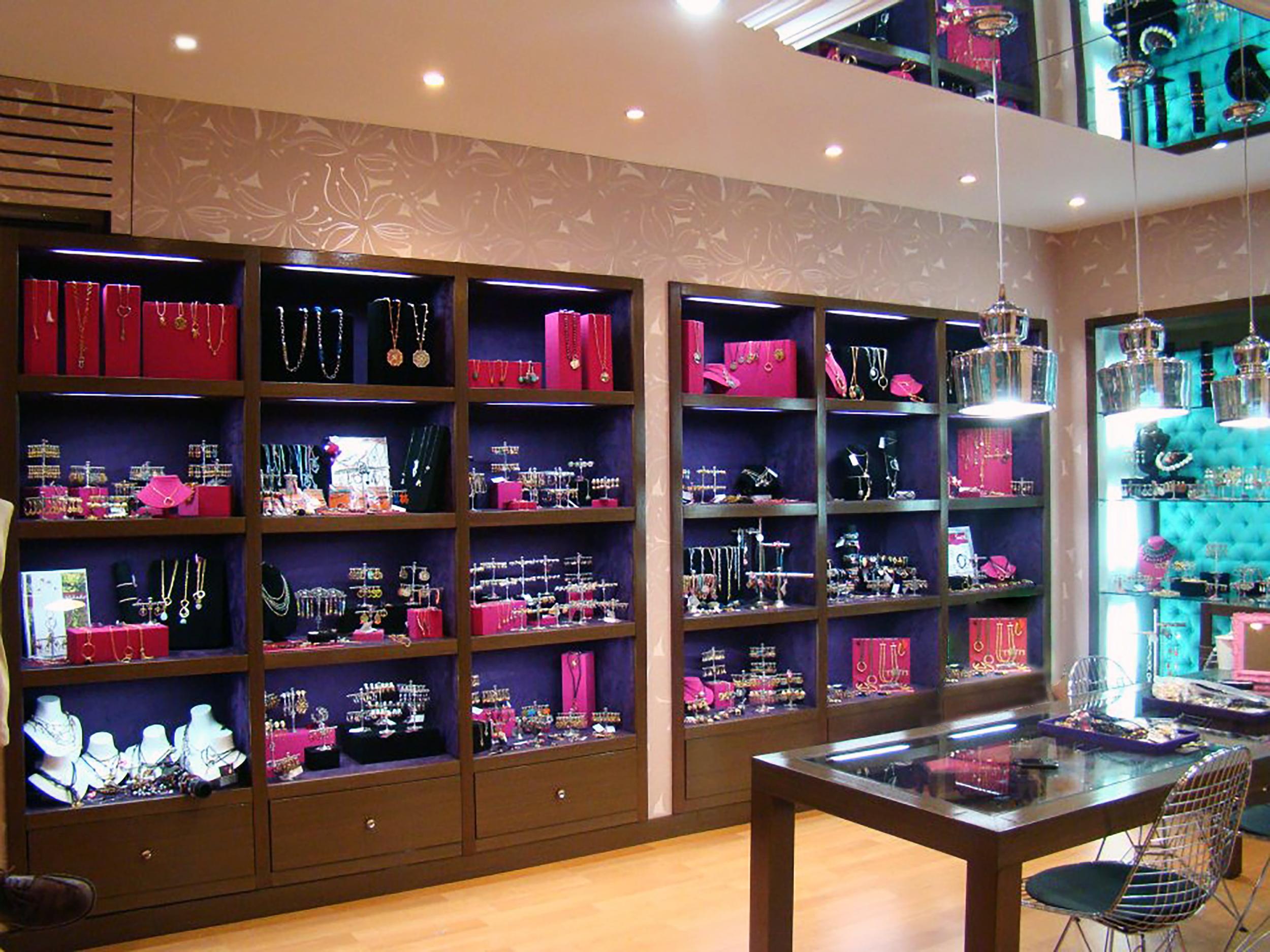 Viviane Guenoun Jewelry Store