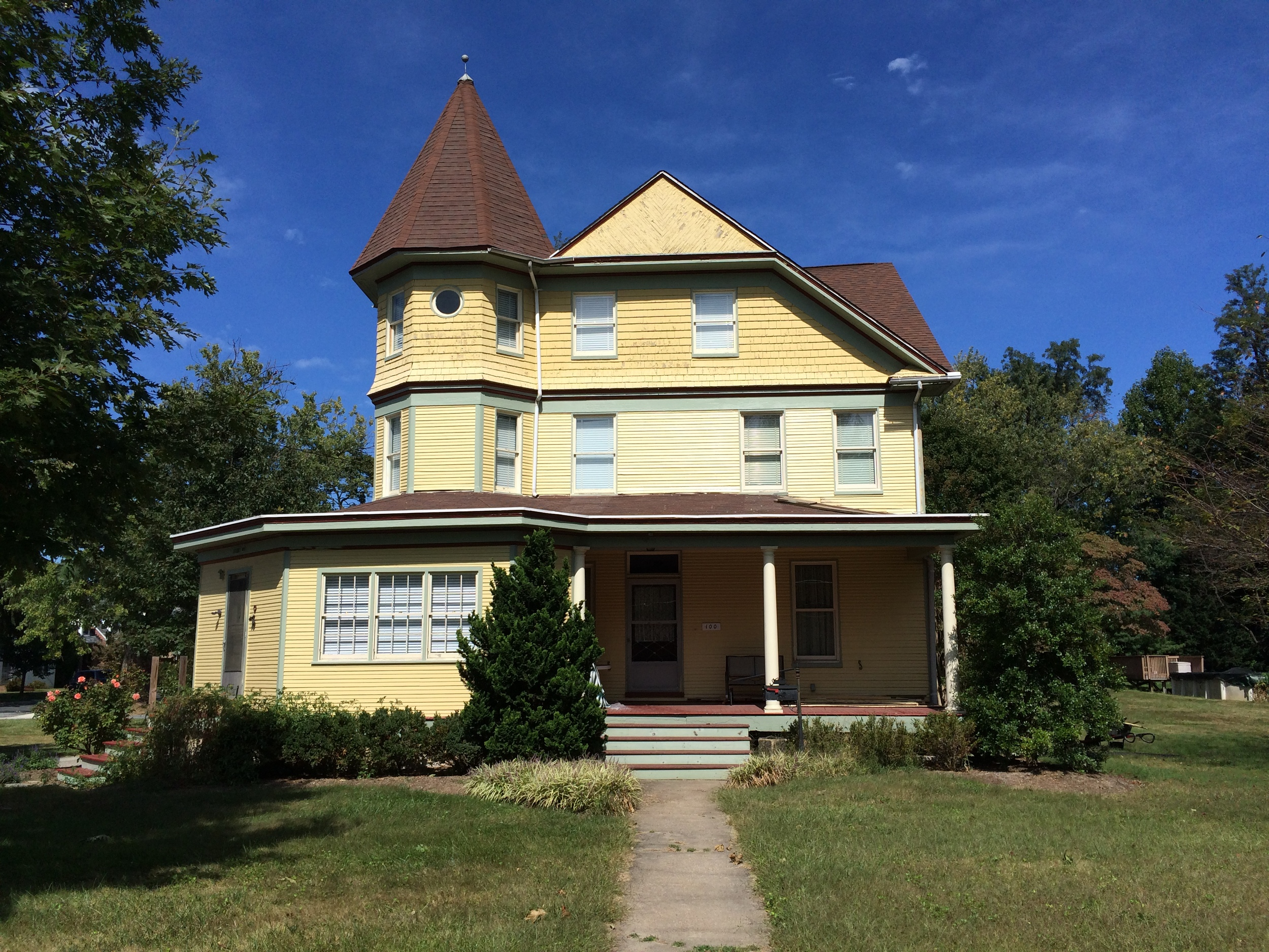 Victorian Home Located in TMV