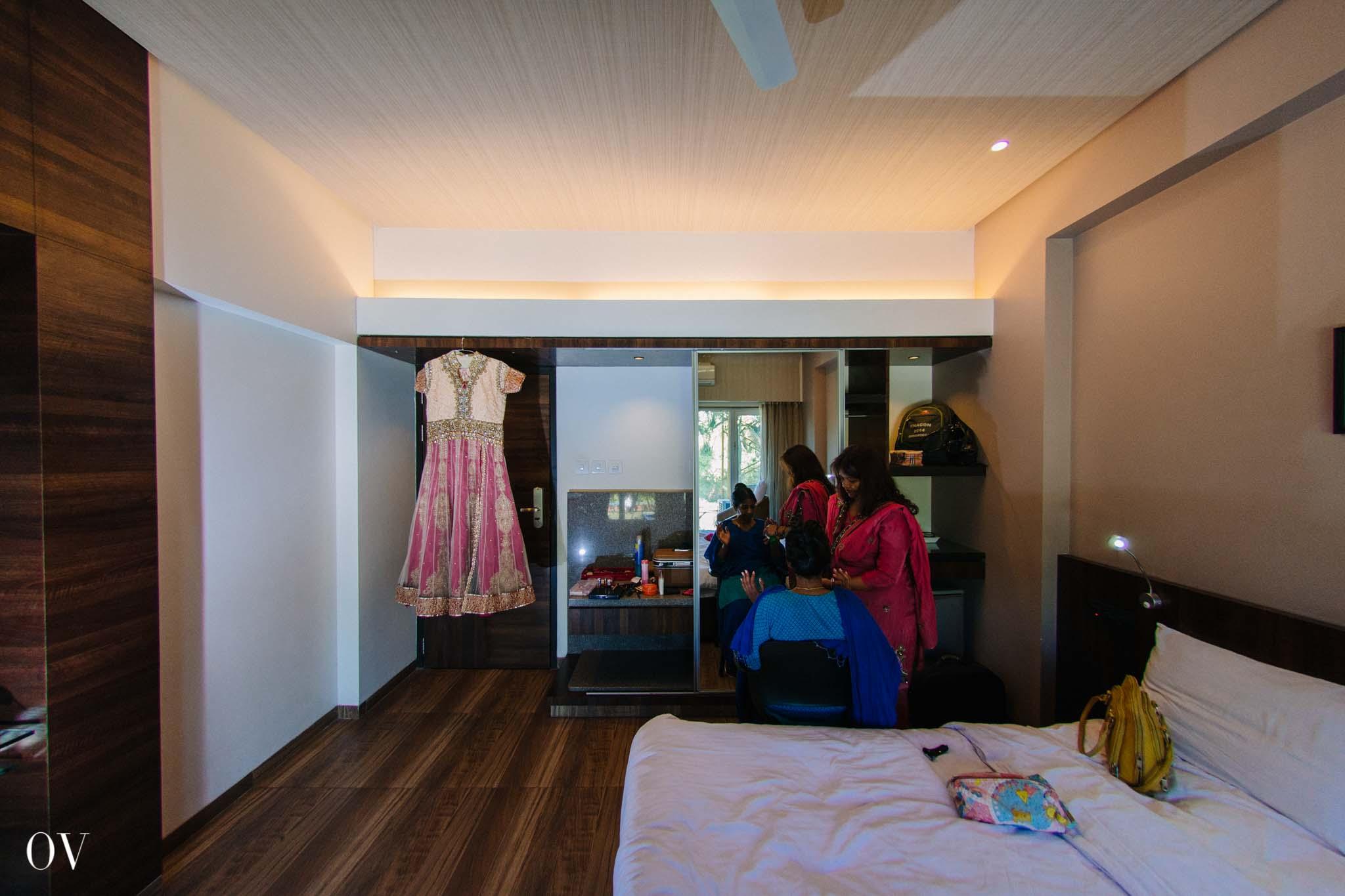 Jyotsna Getting Ready-5.jpg