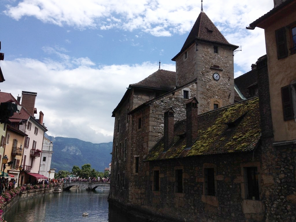 View from the Thiou River, just before it enters Annecy Lake